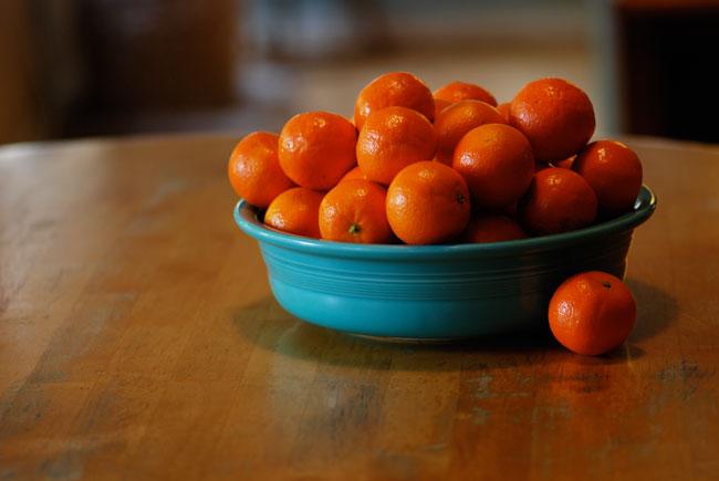 bowl-of-oranges